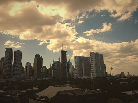 Th_makati_Fotor-580x435